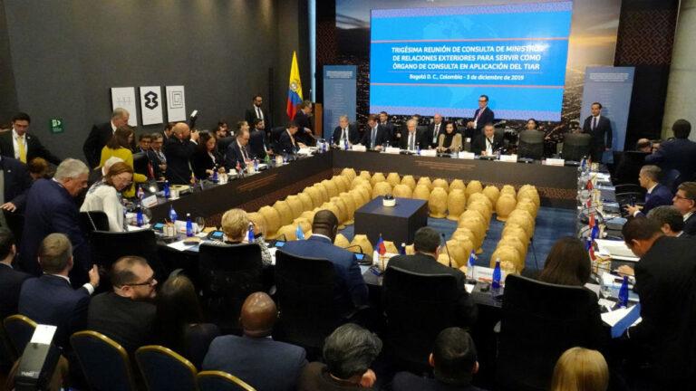 LatAm, US Ban Travel For Venezuela's Maduro, Allies