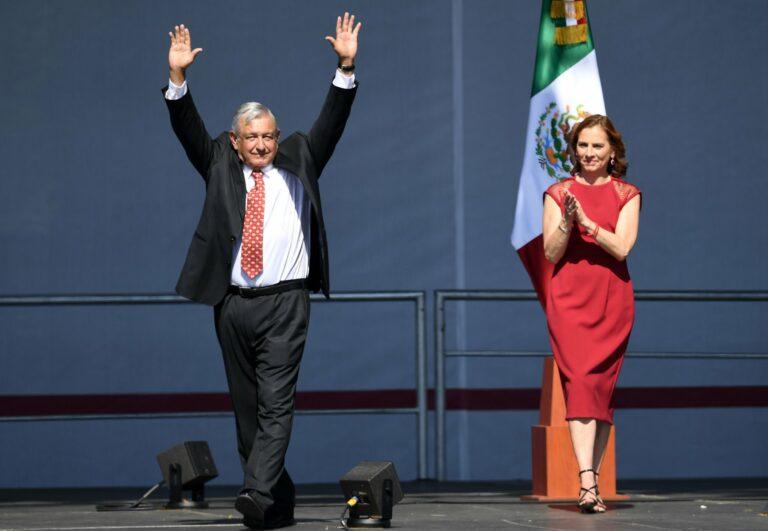 As Troubles Grow, Mexicans Keep the Faith With AMLO