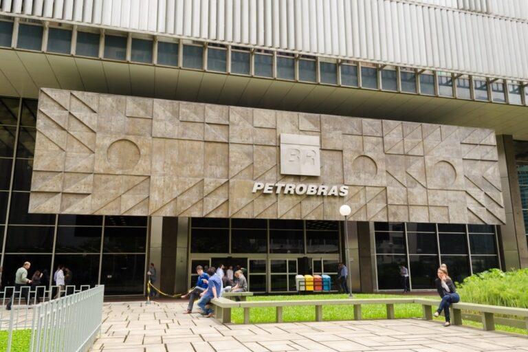 Petrobras Extends Maturity Of Revolving Credit Line