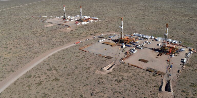 IOCs To Press On With Vaca Muerta Projects