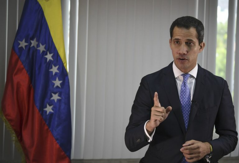 Guaido Rubbing Elbows In Surprise Foreign Trip