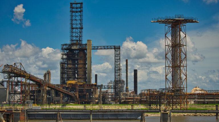 Raizen Halts Crude Runs At Buenos Aires Refinery