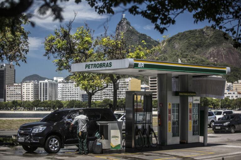 Petrobras Deepens Oil Supply Cuts