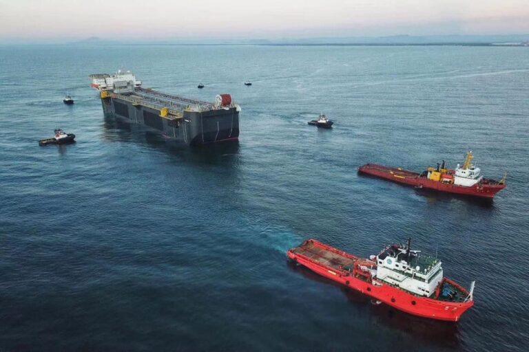 Petrobras Reaches Oil Export Record In April