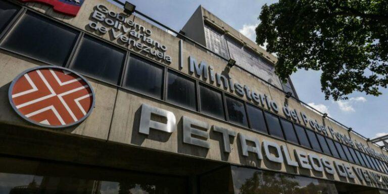 Tankers With Venezuelan Oil Unable To Unload