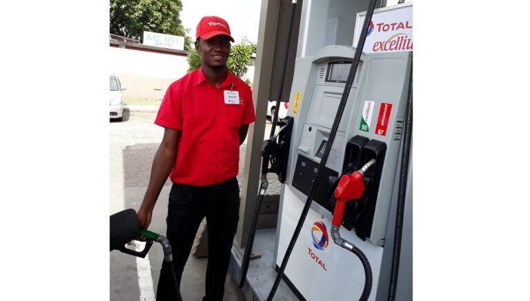 Petrol Retailers Warn Of 'Mobile' Gas Stations