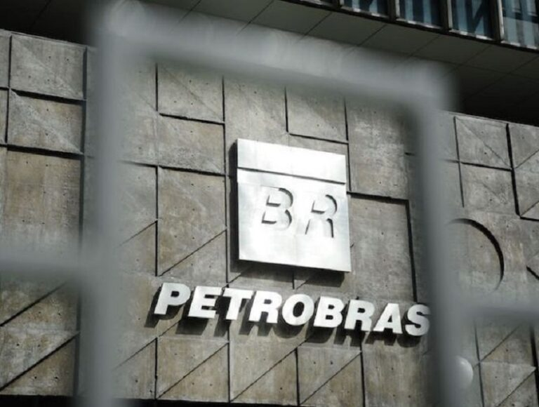 Petrobras Board Elects CEO, CFO, New Division Heads