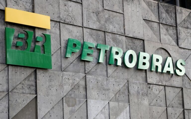 Bahia LNG Import Terminal Leasing Deal Advances