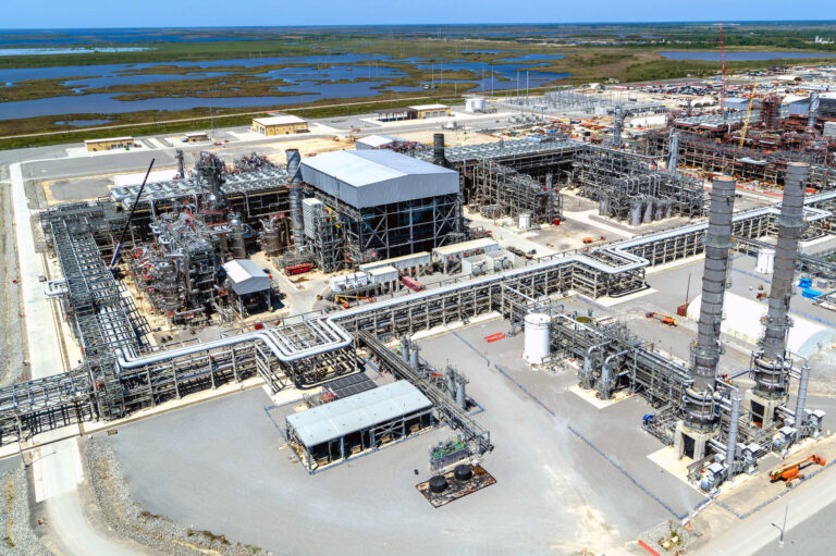Cameron LNG Reaches Full Commercial Operations