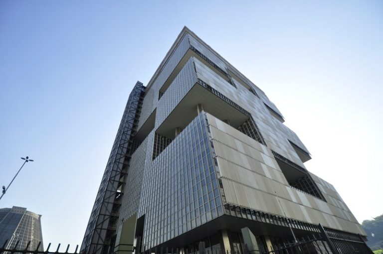 Petrobras Inks Deal To Divest Power Companies