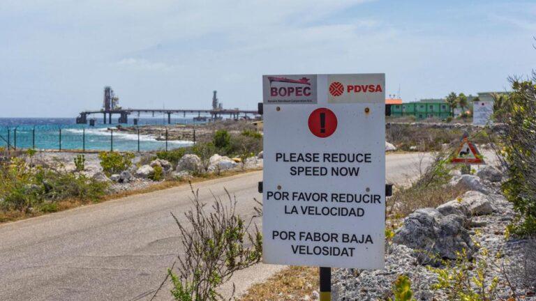 Bonaire Eyes Curacao Model To Sell Venezuelan Oil