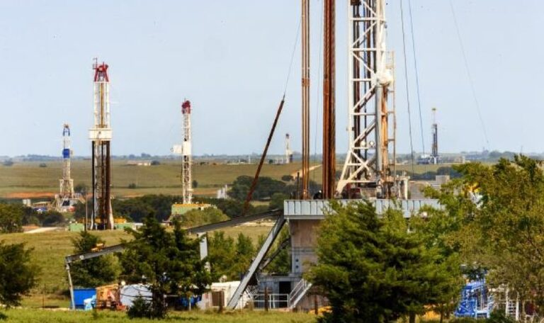 Panhandle Acquires Assets From Red Stone Resources