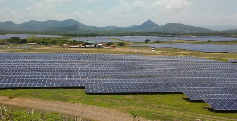 JinkoSolar To Supply 204 MW Of Swan Bifacial Modules