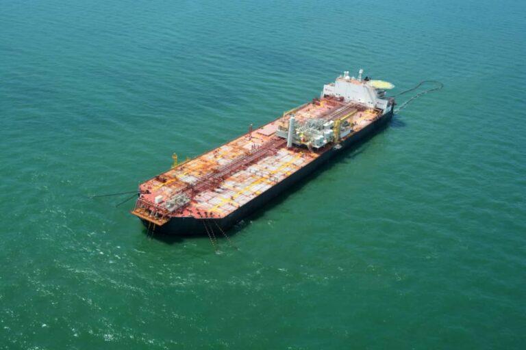 US-Venezuela Dispute Delays Oil Storage Transfer
