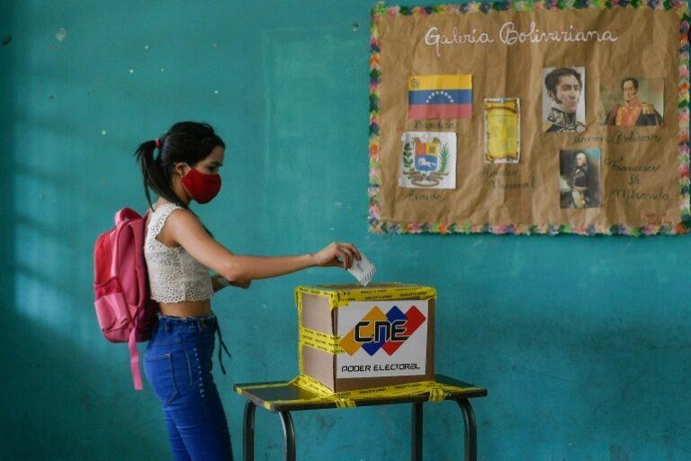 Venezuelans Vote In Legislative Election
