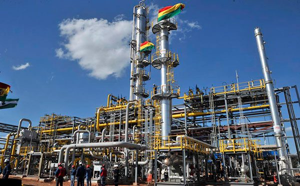 Argentine And Bolivian Energy Ministers Discuss Gas
