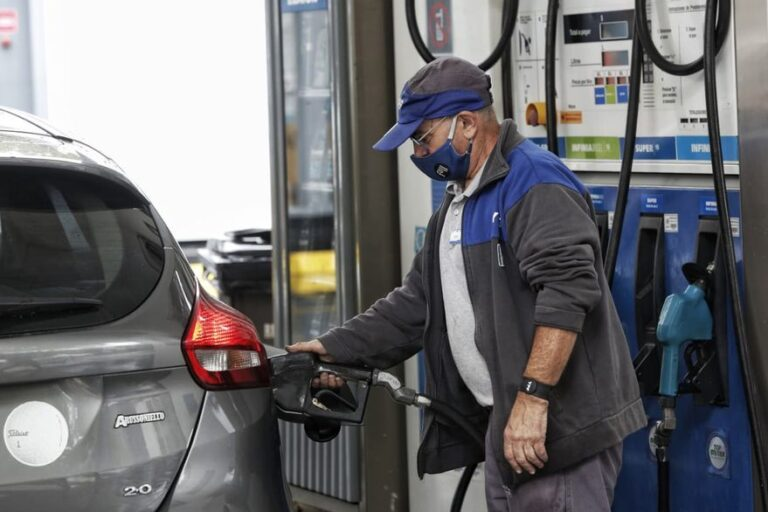 LatAm Briefs: MEEI Minister's Death, YPF Boosts Fuel Prices
