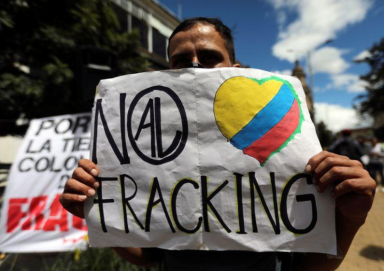 Colombia Oil Workers Join Anti-Fracking Campaign