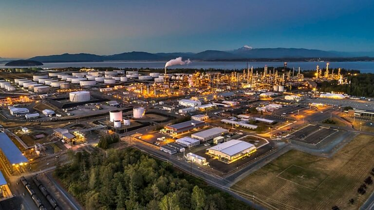 Pemex To Acquire Shell's Interest In Deer Park Refinery
